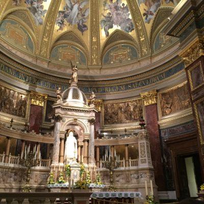Szent István Bazilika oltára