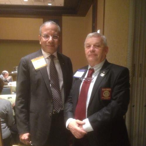 Rawi Rawindran Rotary Világelnökkel Chicago-ban, a Rotary Alkotmányozó Tanács ülésén