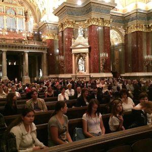Támogatottjaink a Bazilikában, a nagykőrösi gyermekotthonból