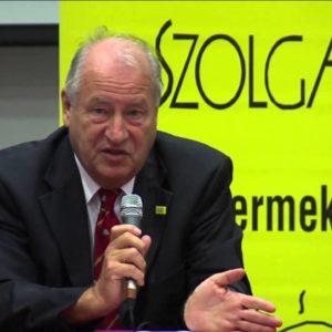 Edvi Péter, a Nemzetközi Gyermekmentő Szolgálat alapító elnökének előadása