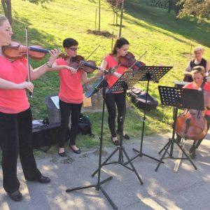 Nívós műsor a zöldben a MYNK kvartett előadásában