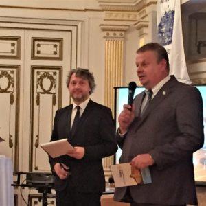 Gondár György, a Rotary Magyarország 2018-19 évi kormányzójának expozéja magyarul, németül